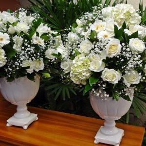 arranjo branco batizado