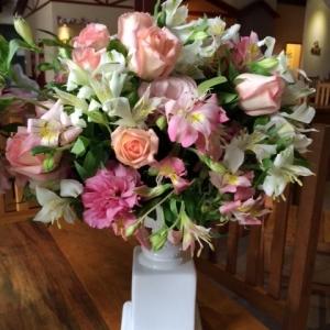 arranjos alstro e rosas site